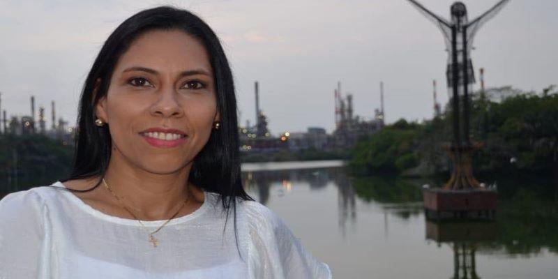 Claudia Andrade se inscribió como candidata a la Alcaldía de B/bermeja