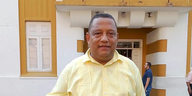 Nicolás Palacio se inscribe como candidato a la Alcaldía
