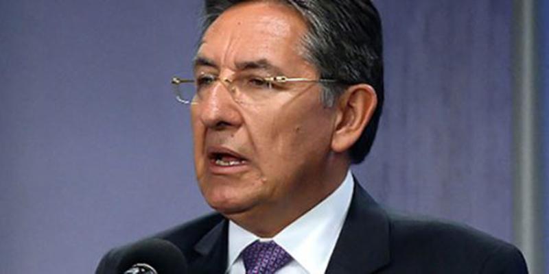 Acusan al fiscal NHM de sabotear a periodista que lo investiga a él y a su hijo Camilo