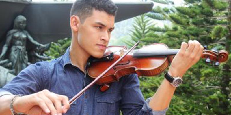 Este es el barranqueño seleccionado de 1300 jóvenes para conformar la Filarmónica Joven de Colombia
