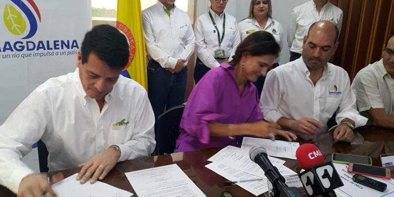 Ecopetrol y Cormagdalena firman convenio para recuperar río Magdalena