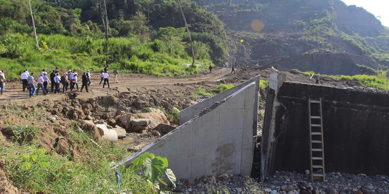 Demandan a ISAGÉN e INVÍAS por pésima carretera en Hidrosogamoso