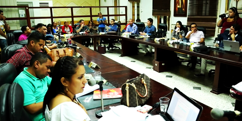 Concejales actuales a imputación de cargos por abuso de sus funciones públicas