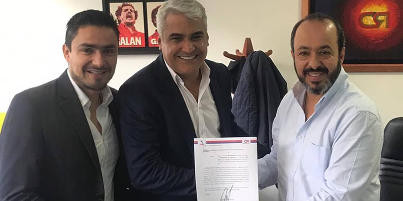 """""""Santander está para grandes cosas"""", dice Elkin Bueno tras recibir el aval de Cambio Radical"""