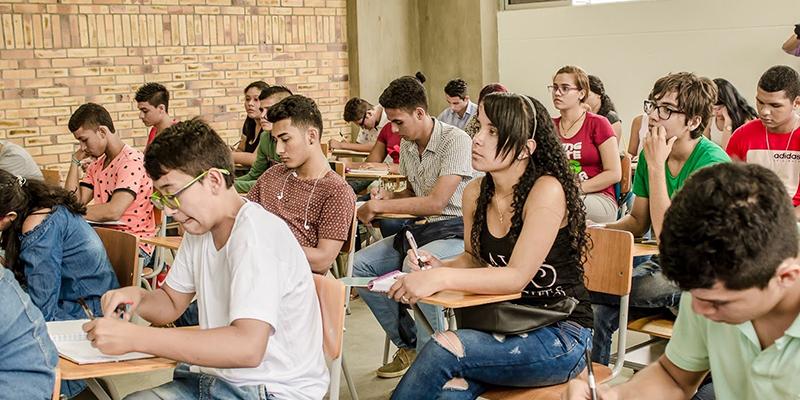 Alcaldía de Barrancabermeja sigue cumpliendo con las becas educativas
