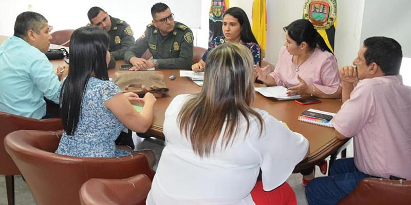 Autoridades anuncian acciones para mejorar el orden público en La Fortuna