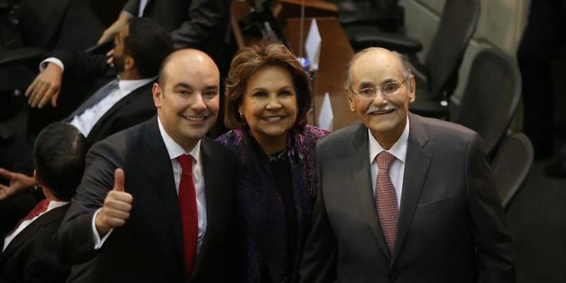 """""""Horacio Serpa salió bien de su intervención quirúrgica"""", dice su hijo Horacio José"""