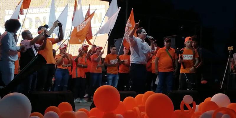 Después de 8 meses de campaña, Jonathan Vásquez hace su lanzamiento
