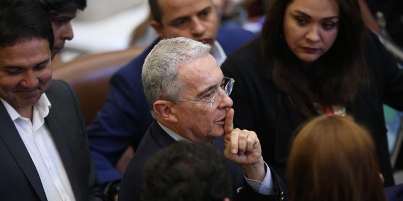 Corte abre indagación preliminar a Álvaro Uribe por presuntos perfilamientos