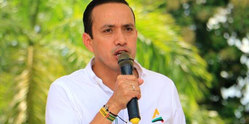 """Movimientos significativos """"Comunales por Floridablanca"""" y """"Sin campo no hay ciudad"""", oficializaron su adhesión a la campaña de Mauricio Aguilar"""