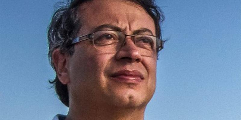 Mantienen investidura del senador Gustavo Petro