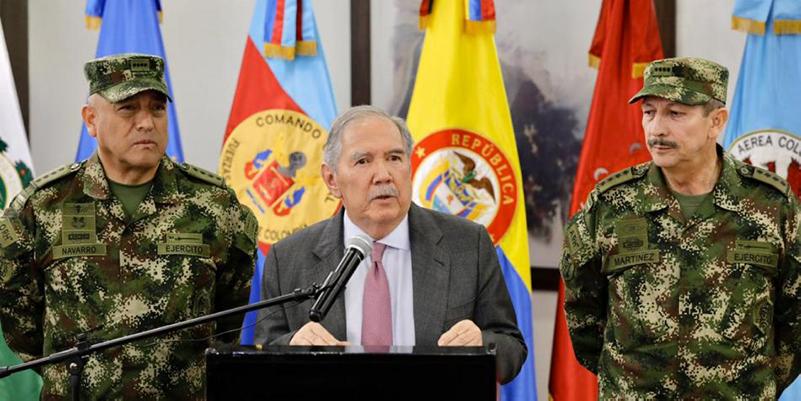 Renuncia ministro de la Defensa Guillermo Botero