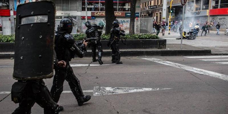 Ordenan al Esmad suspensión inmediata del arma que usaron contra Dilan Cruz