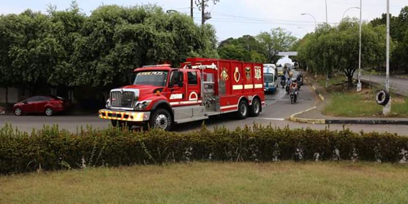 Alcaldía entrega nuevo equipo a Bomberos de Barrancabermeja
