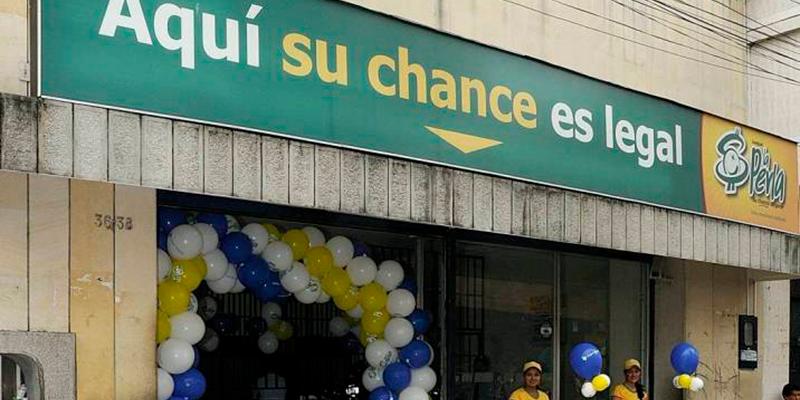 Chance La Perla, con malos salarios, impide sindicalización de sus empleadas