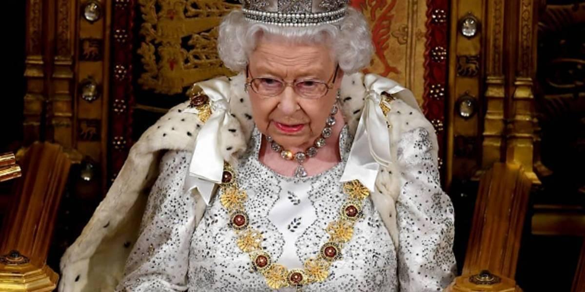 La reina Isabel de Inglaterra da positivo en examen de coronavirus