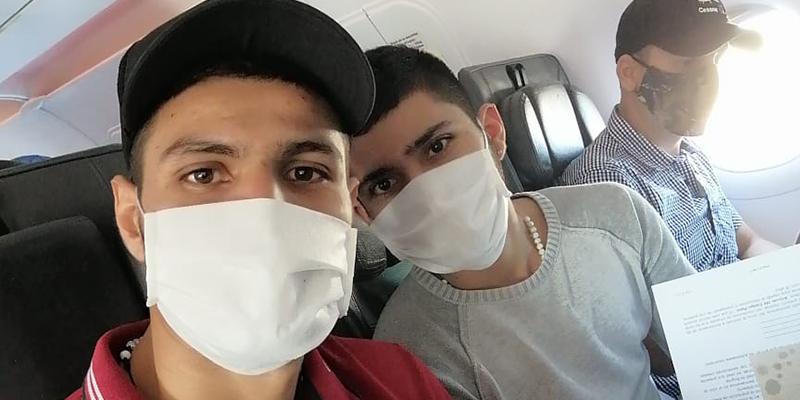 Llegaron a Colombia los 2 futbolistas barranqueños provenientes de Bolivia