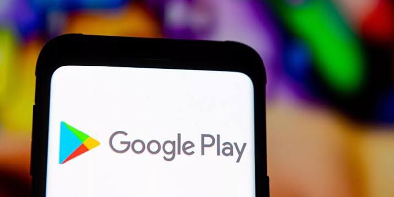 Google elimina 25 'apps' de Android por robar credenciales de Facebook