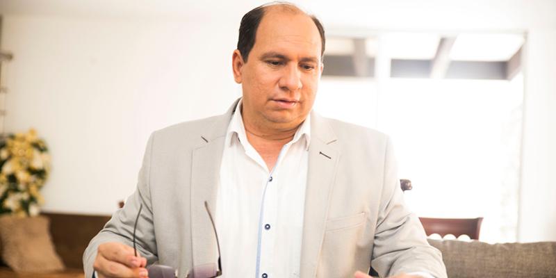 Juvenal Bolívar, el periodista que hoy tiene en líos con la justicia a Rodolfo Hernández