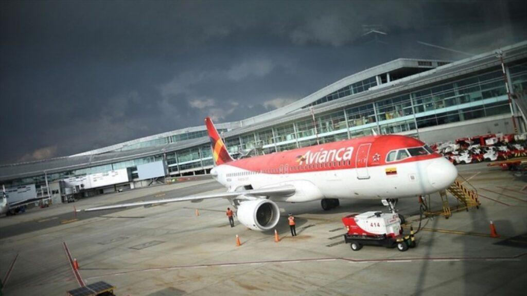 Tribunal suspende desembolso del préstamo a Avianca