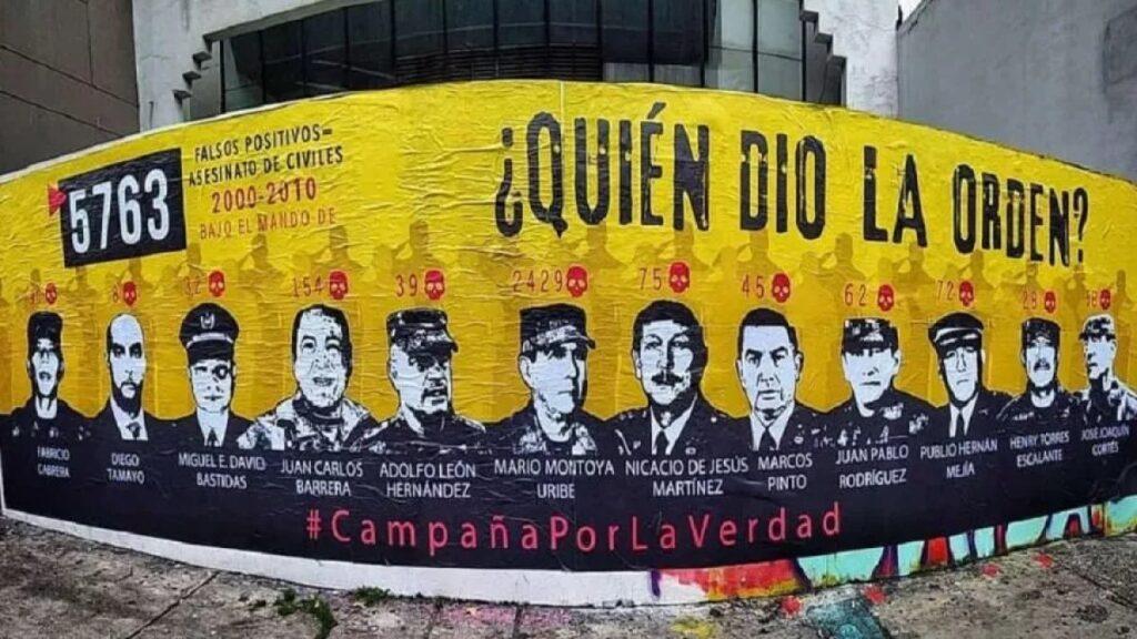 Víctimas reviven mural de 'falsos positivos' y piden a JEP que expulse a Mario Montoya