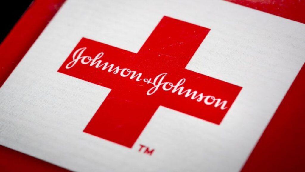 El estudio de la vacuna Johnson & Johnson Covid-19 se detuvo debido a una enfermedad inexplicable en un participante