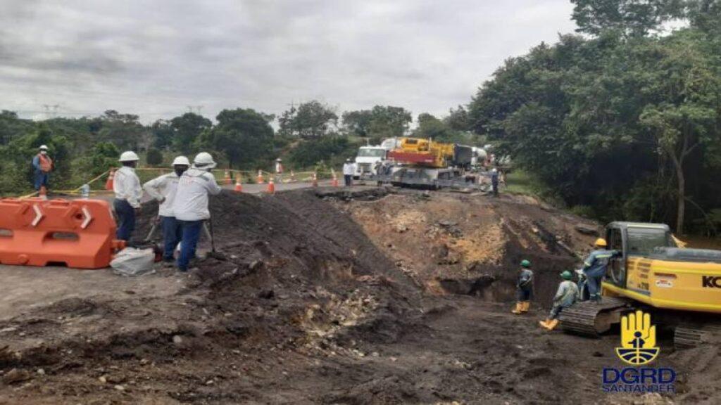 Vía B/bermeja a Bucaramanga cerrada:  ¿Qué hacer?