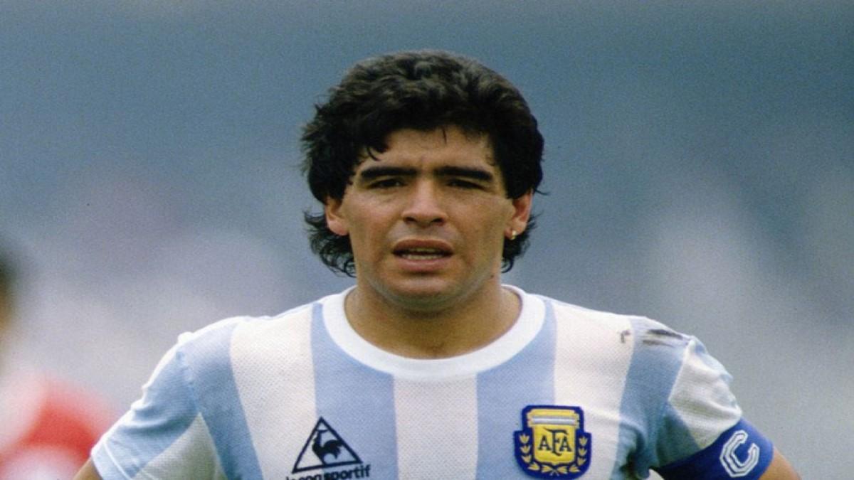 Falleció la leyenda del fútbol Diego Armando Maradona