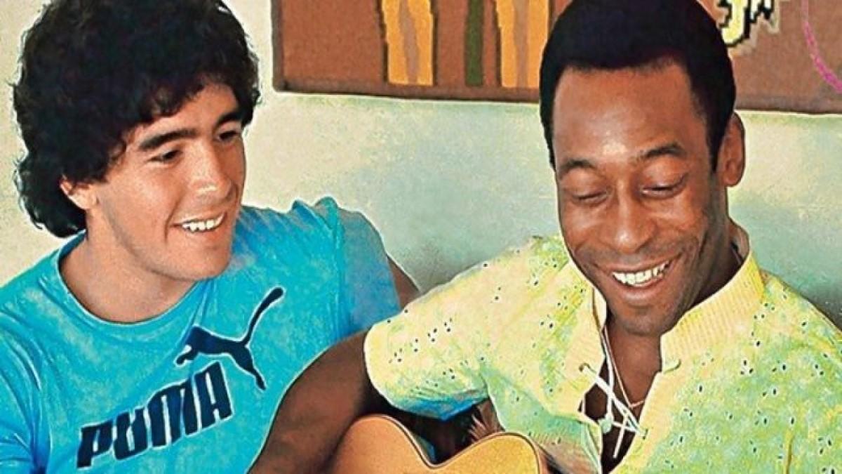 Pelé rechaza que lo comparen con Maradona y dice admirar al astro argentino