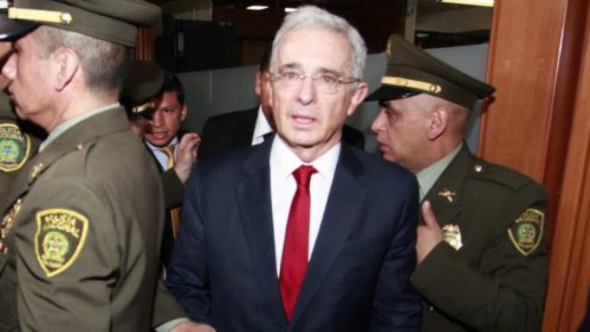 Tribunal niega la tutela con la que Uribe buscaba tumbar su imputación