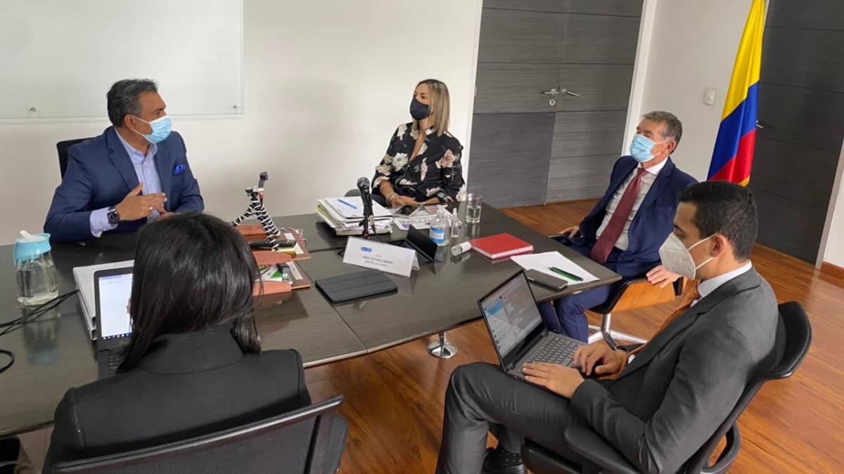 Ministro del Trabajo y Alcalde de B/bermeja se reunieron para respaldar mano de obra barranqueña