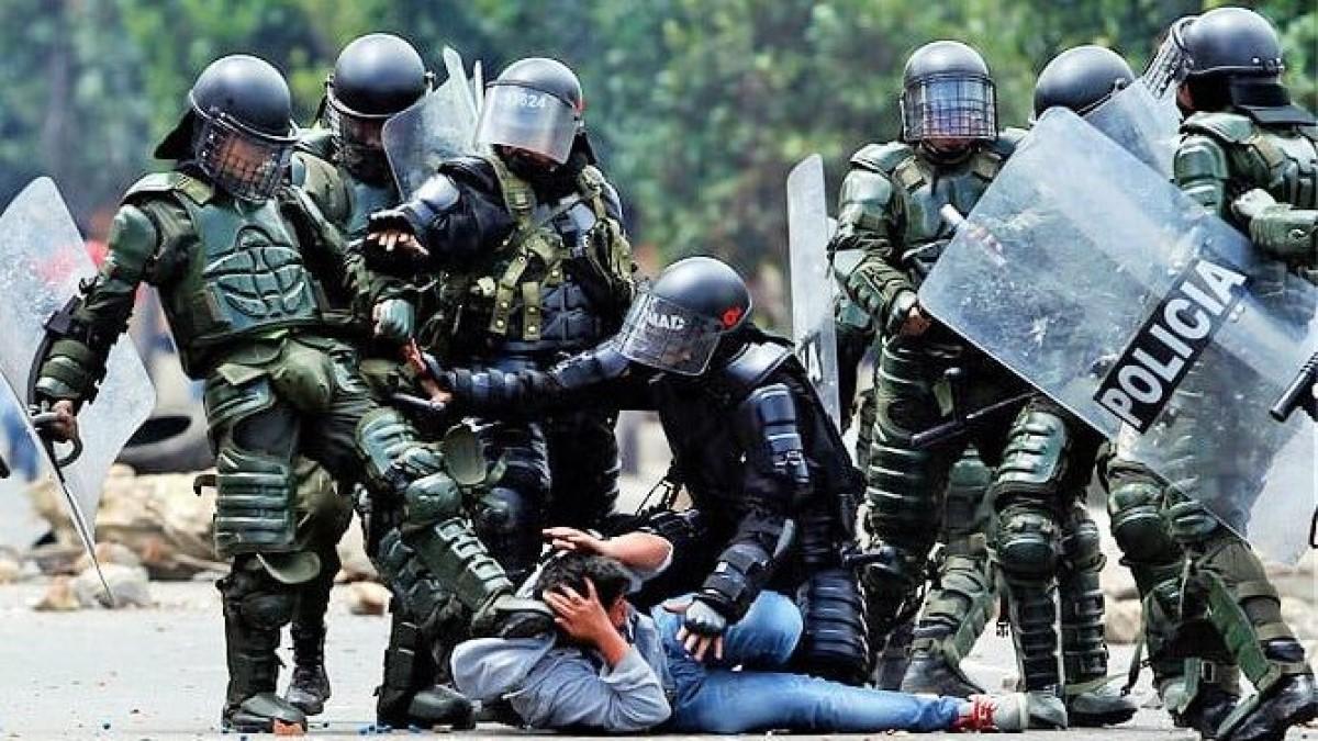 Reportan alarmantes cifras de violencia policial durante las protestas en Colombia