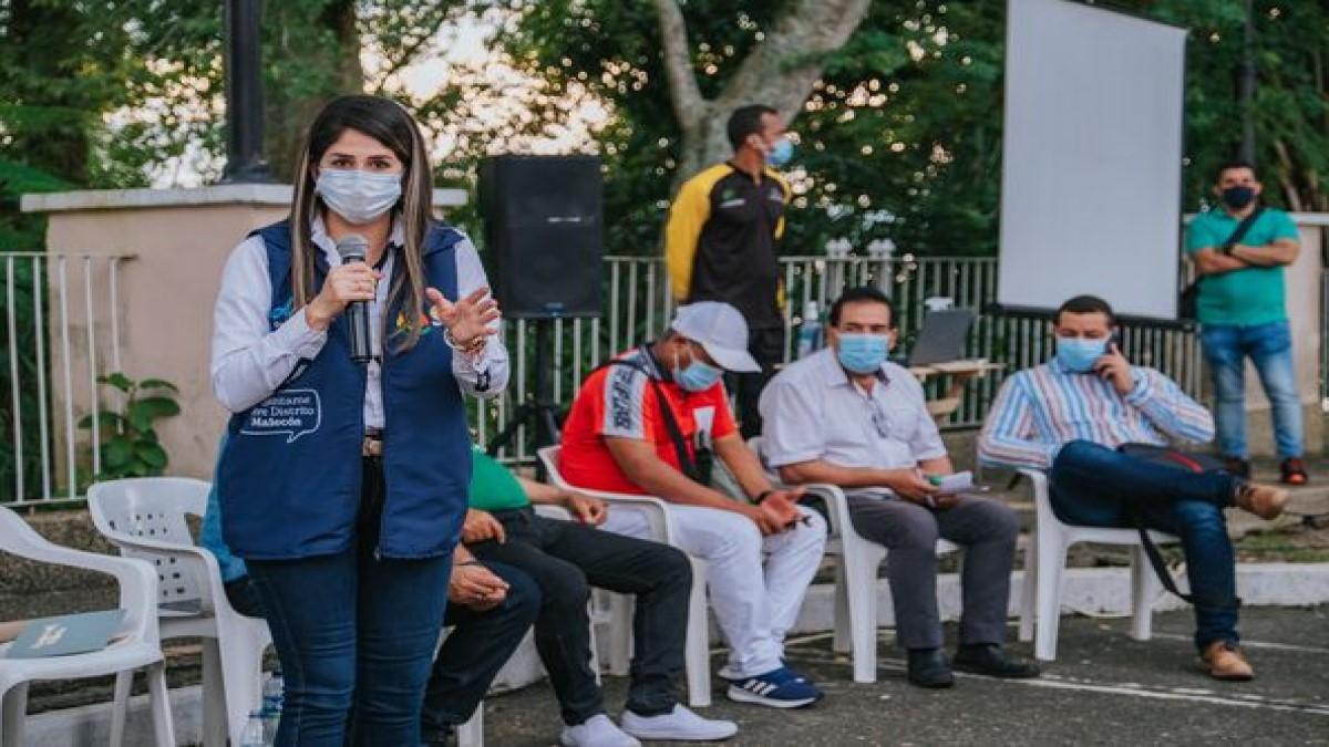 Alcaldía socializa proyecto del Distrito Malecón a las comunidades y asociaciones del área de influencia