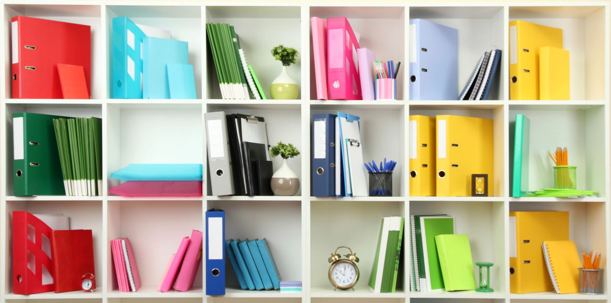 HOW TO BE ORGANIZED IN YOUR HOME AND OFFICE