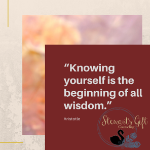 "Text ""Knowing yourself is the beginning of all wisdom"
