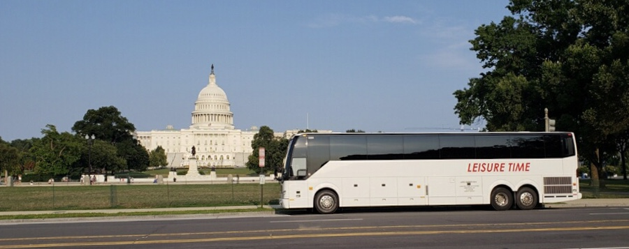 Bus in front of U.S. Capitol Building