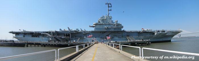 USS_Yorktown_(CVS-10)_panorama_2012