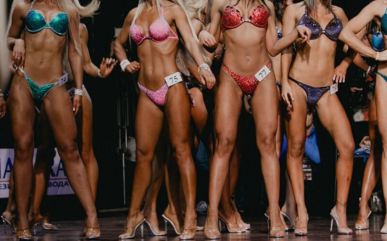 Competition Spray Tanning