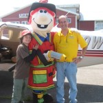 alan w kid and mascot