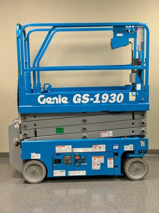 GS-1930 Elec Scissor Lift - Genie Ladders