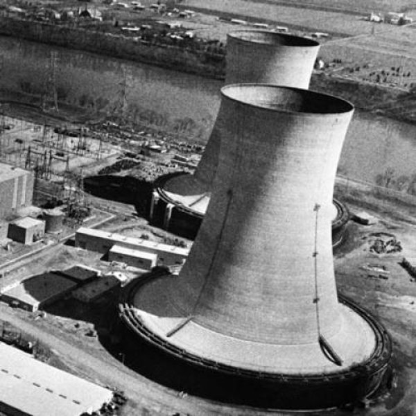 A nuclear power plant. Photo by: New Republic