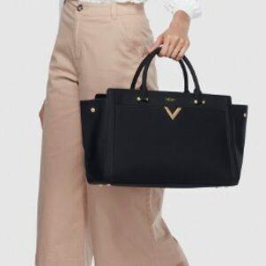 Woman carrying Labante London bag