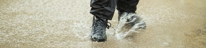 Waterproof work shoes when worn.