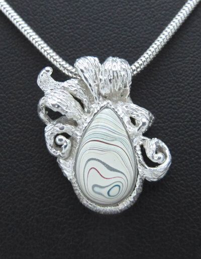 Sterling-Silver-and-Motor-Agate-Fordite-Necklace-1535-1
