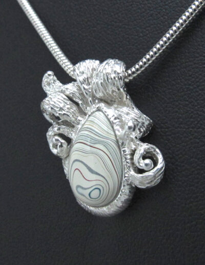 Sterling-Silver-and-Motor-Agate-Fordite-Necklace-1535-2