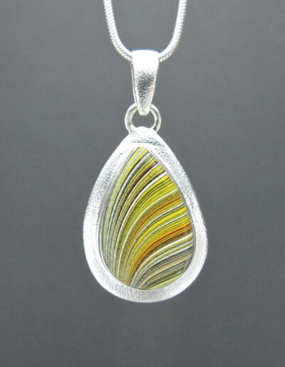Sterling-Silver-and-Motor-Agate-Fordite-Necklace-1577-1