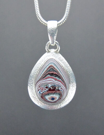 Sterling-Silver-and-Motor-Agate-Fordite-Necklace-1601-1