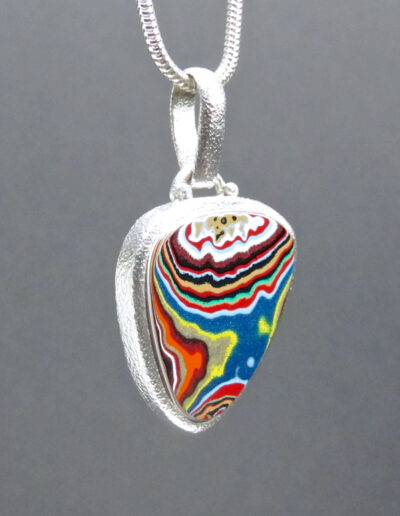 Sterling-Silver-and-Motor-Agate-Fordite-Necklace-1622-3