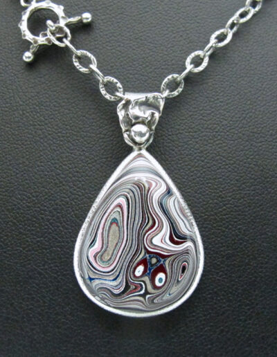 Sterling-Silver-and-Motor-Agate-Fordite-Necklace-1674-2