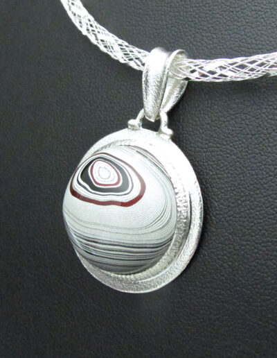 Sterling-Silver-and-Motor-Agate-Fordite-Necklace-1679-4